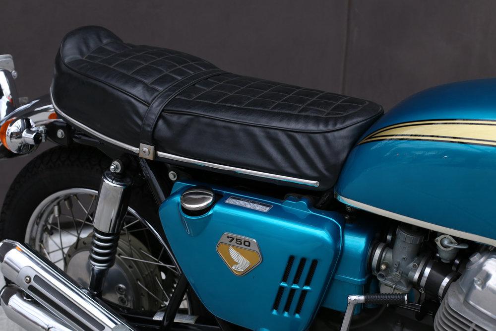 1969 Honda CB750 Sandcast seat