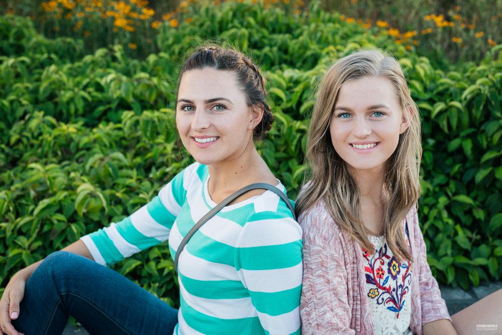 Alona & Anna 0G5A4232.jpg