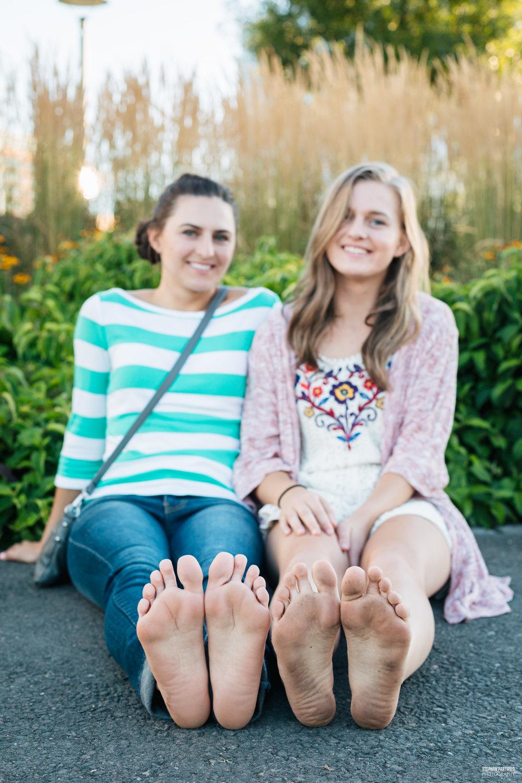 Alona & Anna 0G5A4200.jpg