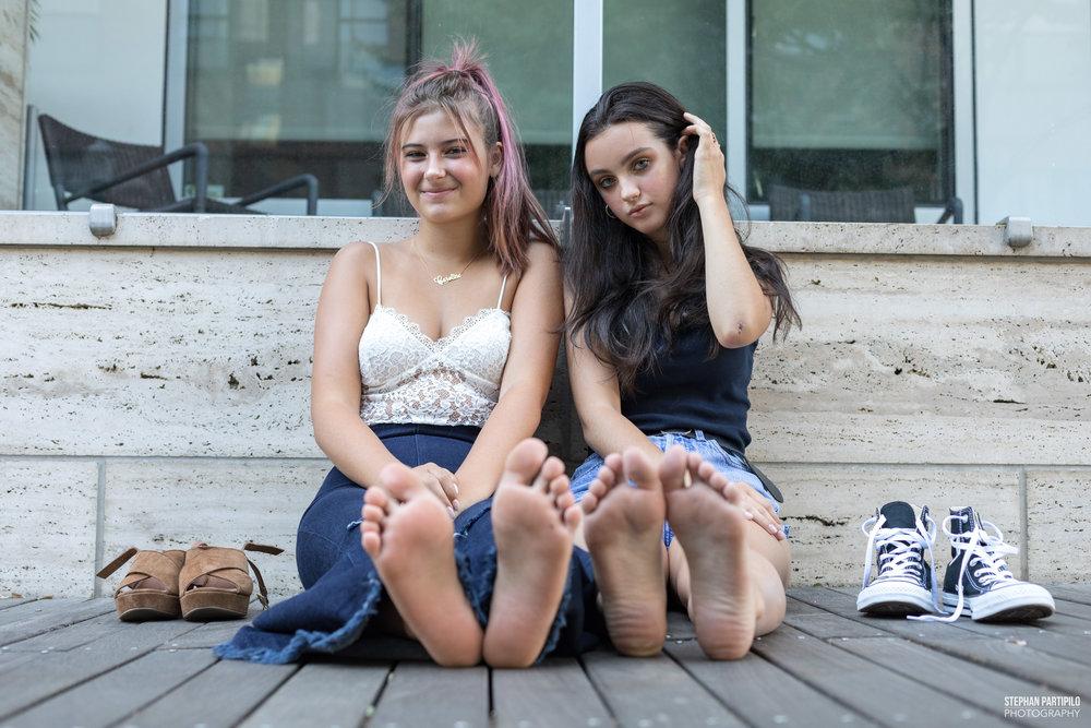 Carly & Caroline Top 10 0G5A9667.jpg