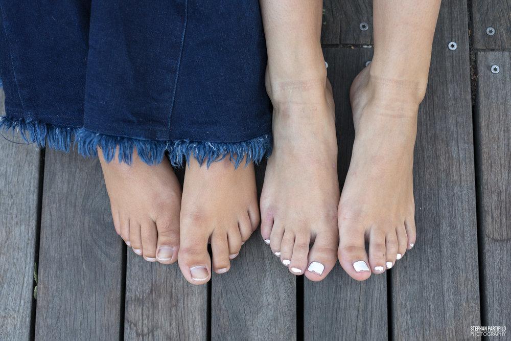 Carly & Caroline Top 10 0G5A9672.jpg