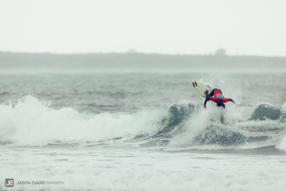photo-Jason Evans- surfer- Rob Kelly.png