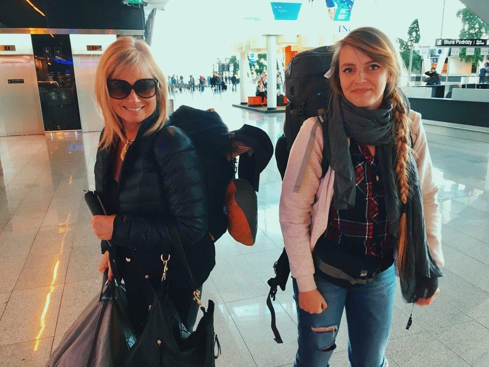Mama Hani odebrała nas z lotniska i przy okazji pomogła z noszeniem rzeczy :)
