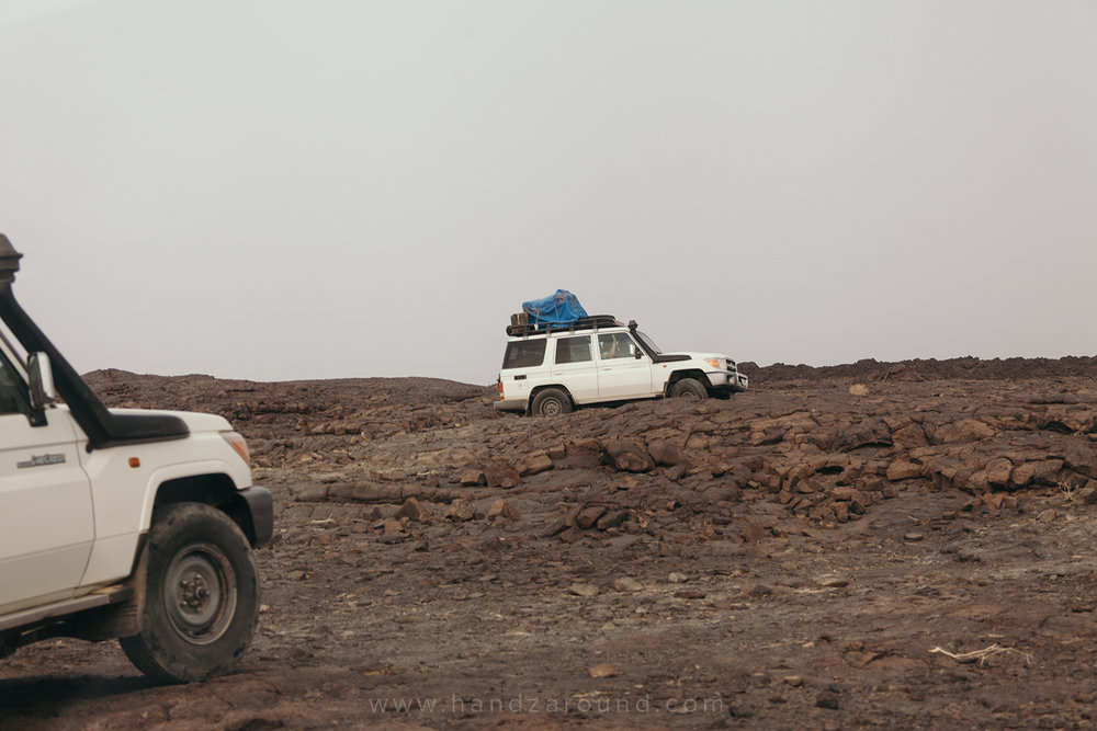 07_Erta_Ale_Volcano_Trek_ETT_Danakil_Depression_Tours_HandZaround_Ethiopia.jpg