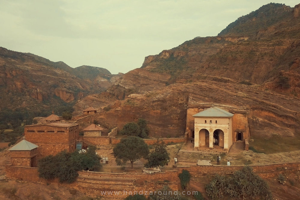 03_HandZaround_Tigray_Churches_Gheralta_Lodge_ETT_Abreha_We_Atsbeha.jpg