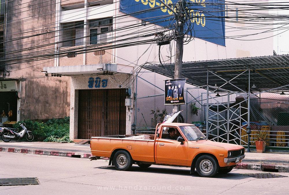 012_Chumphon_Thailand_Photo_Story_HandZaround.jpg