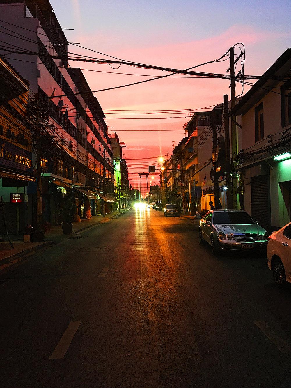 018_HandZaround DiegoGorrion Thailand Cambodia.JPG