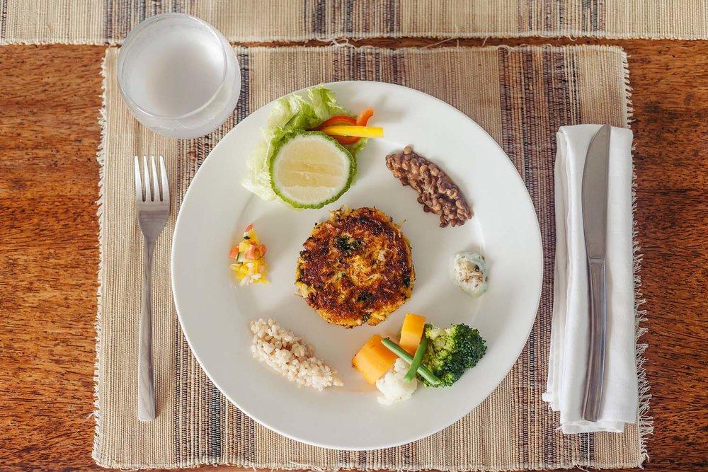44_HandZaround_Cuisine.jpg