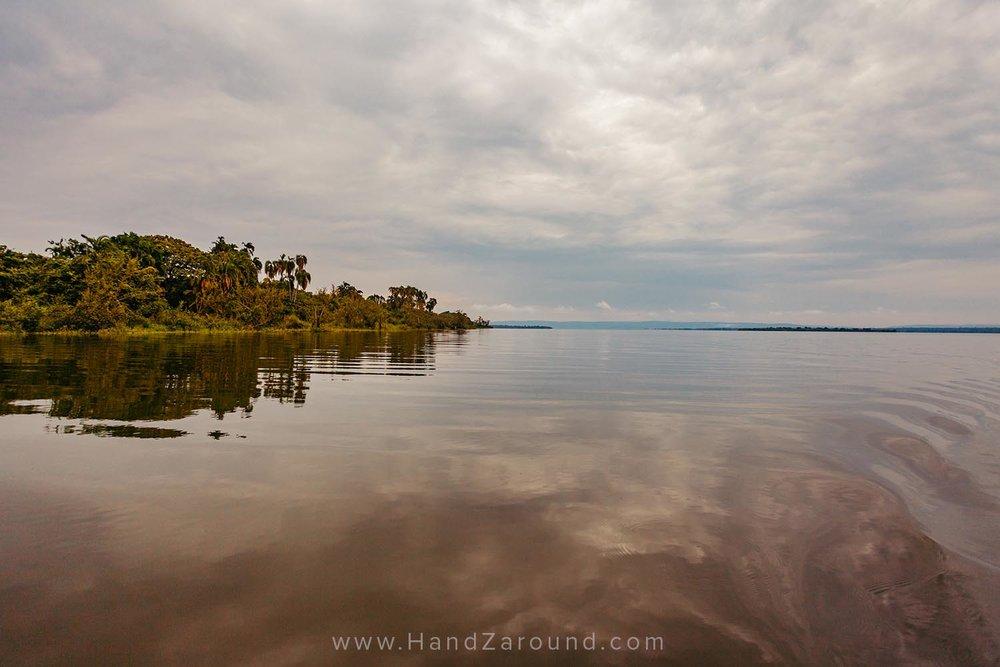 116_HandZaround_Akagera_African_Parks_Rwanda_East_Africa.jpg