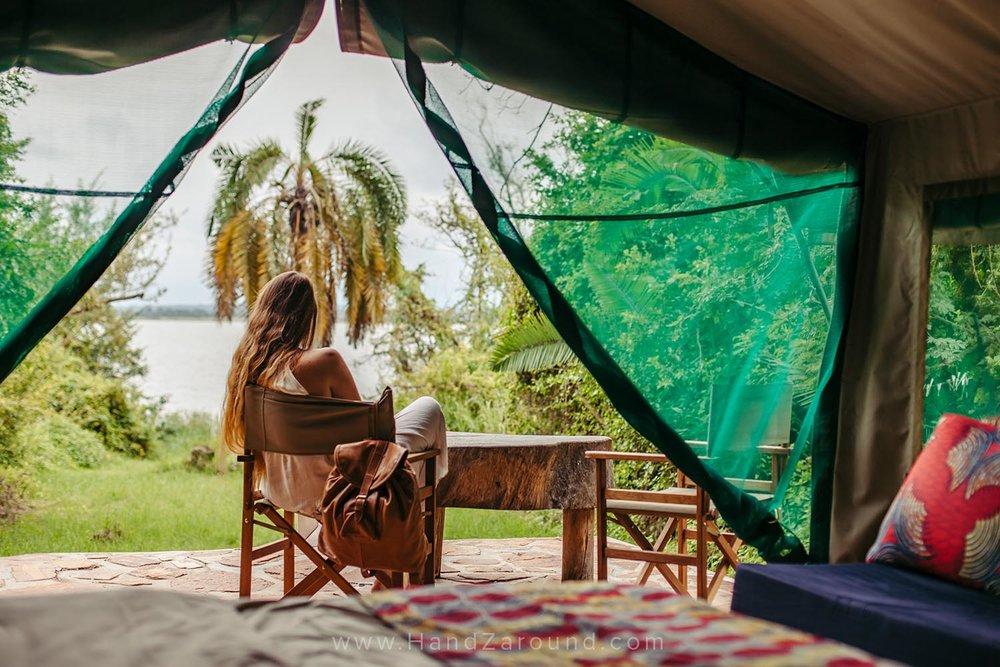 127_HandZaround_Akagera_African_Parks_Rwanda_East_Africa.jpg