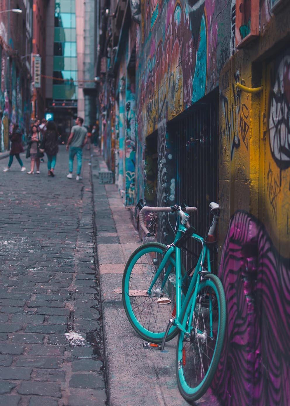 Hosier Lane, Melbourne. Image by Linda Xu.
