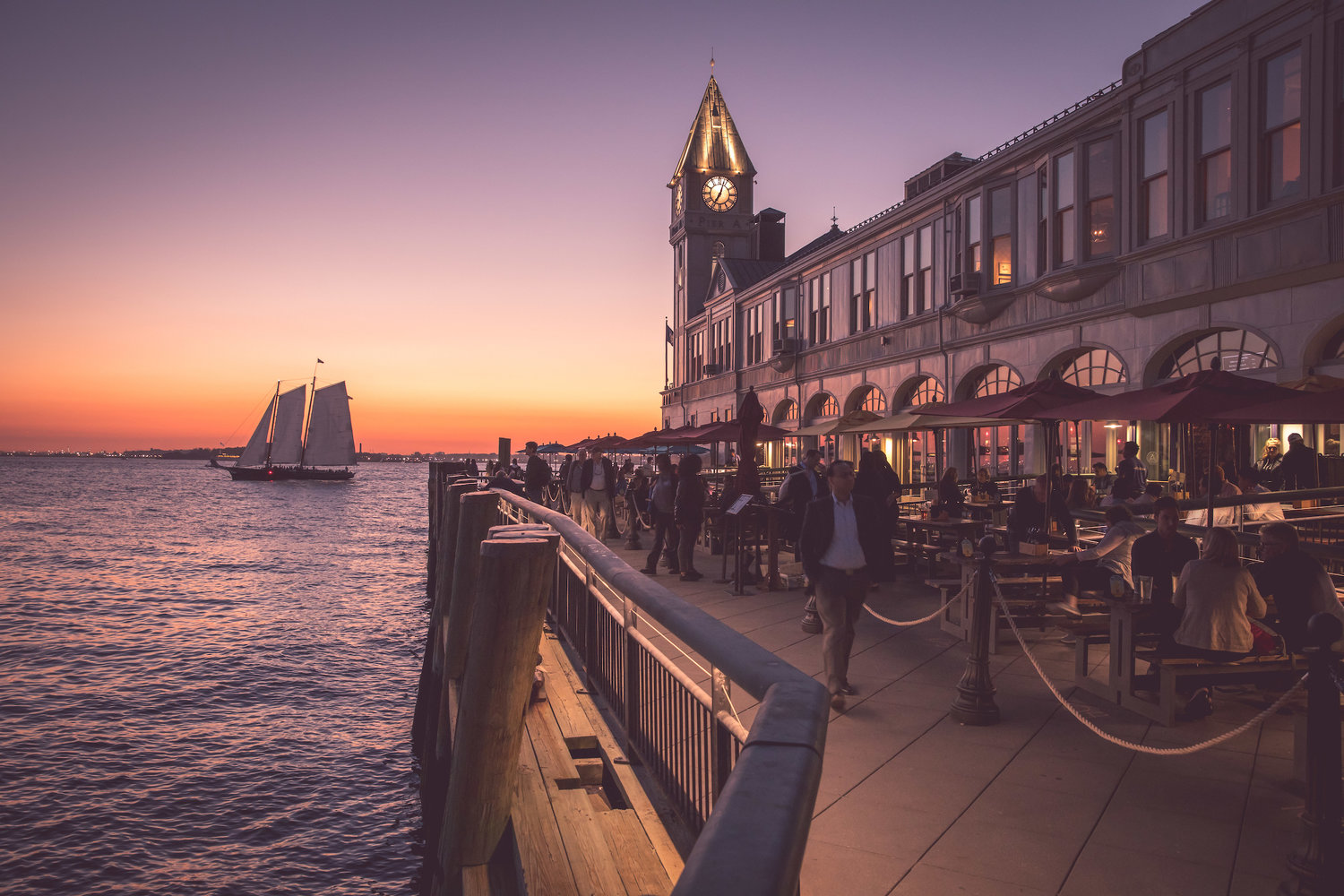 Oyster Bar FiDi, Battery Park Restaurant & Bars in NYC | Pier A