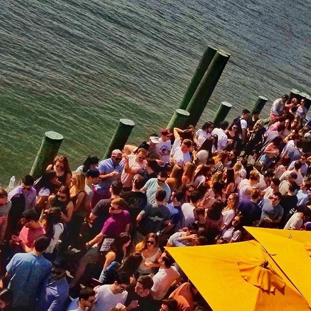 ☀️🗽Saturday Afternoon Social @ Pier A 🗽☀️ . First taste of Spring Saturday's was amazing! ☀️🍾 . But the first taste of Summer Rose was even better 🍷 . See you next Saturday for some fun on the deck! 😎