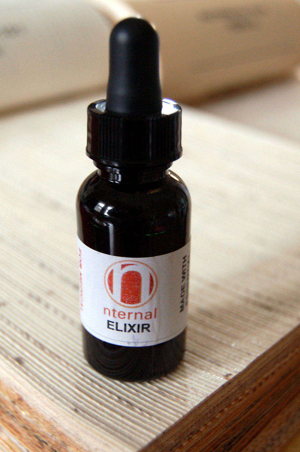 - Nternal Elixir is what I happened to be taking at the time. It's a low-heat, low psychoactive, light oil. Any other light oil or tincture would work the same for me as Valium, for pre-procedure anxiety.Photo: Sharon Letts