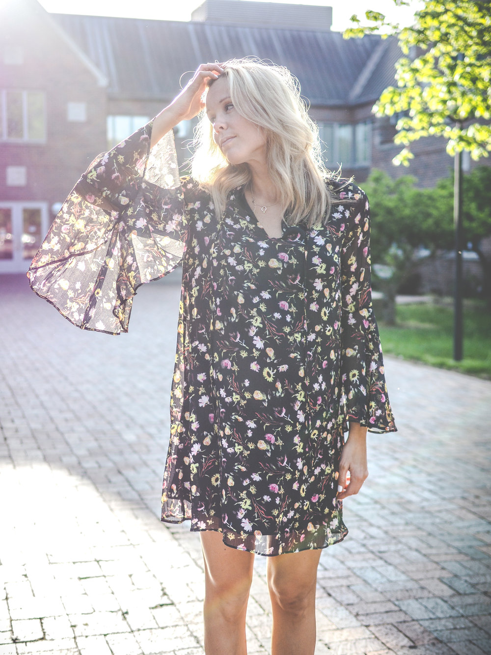 bellsleeve dress