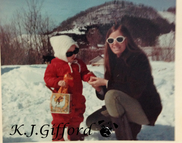 Blog Childhood Mom and Me