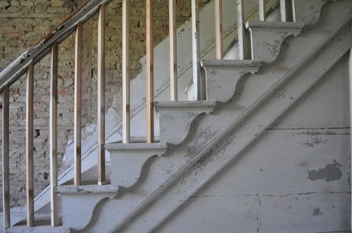 Knickerbocker Staircase, circa 1780. Photo by Beth Heffern