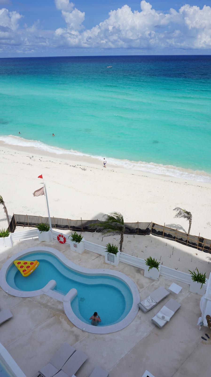 where-to-go-on-holiday-cancun-mexico-hotel-oleo-minas-planet-jamesgreen