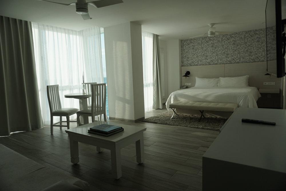 where-to-go-on-holiday-cancun-hotel-oleo-mexico-minas-planet-jamesgreen30.jpg