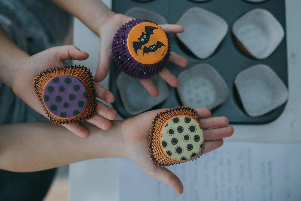 Halloween-cupcakes-baking-with-kids-simple-recipe-vanilla-cupcakes-bbc-minas-planet-jasmina-haskovic-3