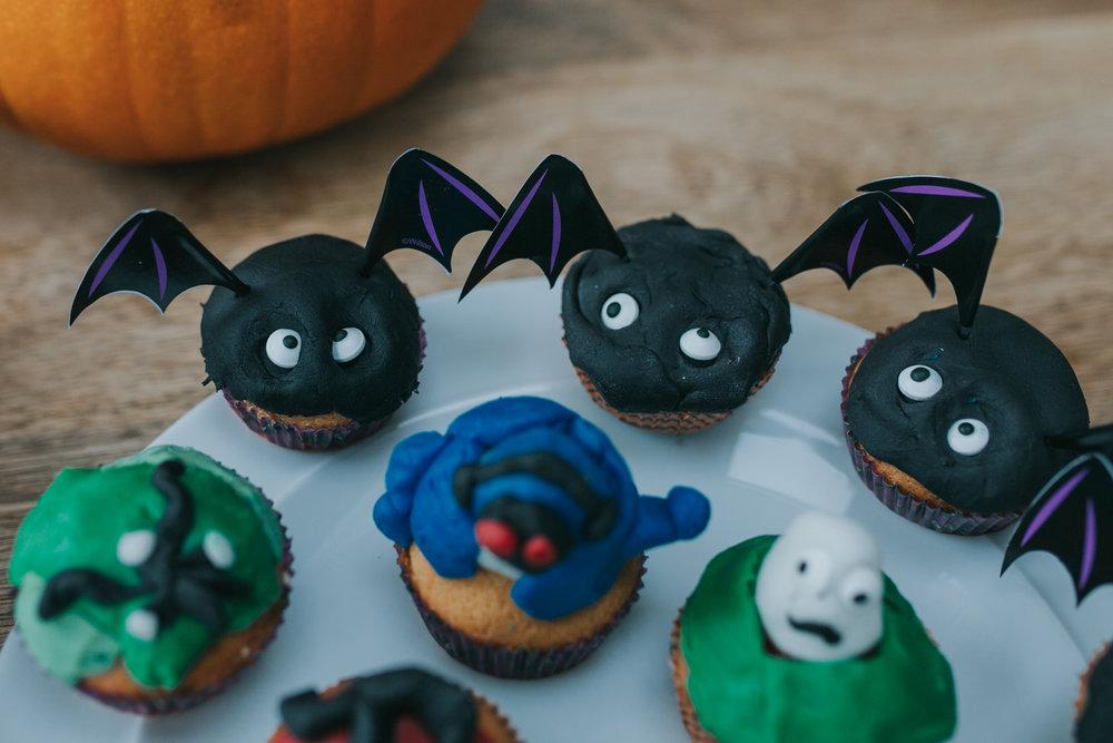 Halloween-cupcakes-baking-with-kids-simple-recipe-vanilla-cupcakes-bbc-minas-planet-jasmina-haskovic-17