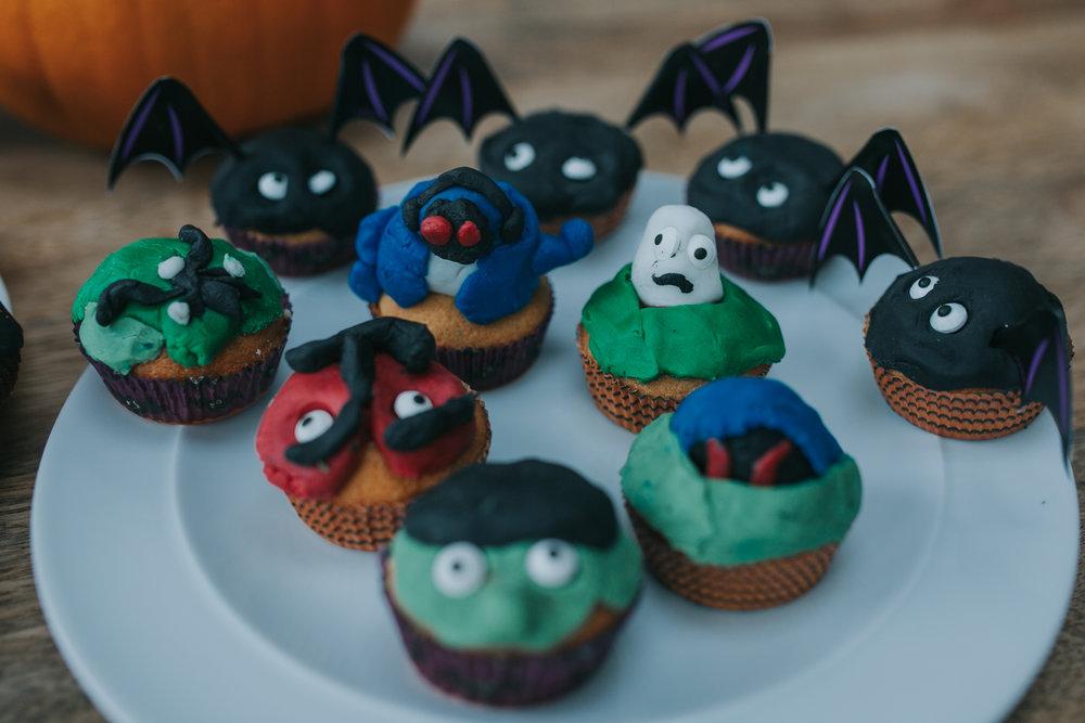 Halloween-cupcakes-baking-with-kids-simple-recipe-vanilla-cupcakes-bbc-minas-planet-jasmina-haskovic-18