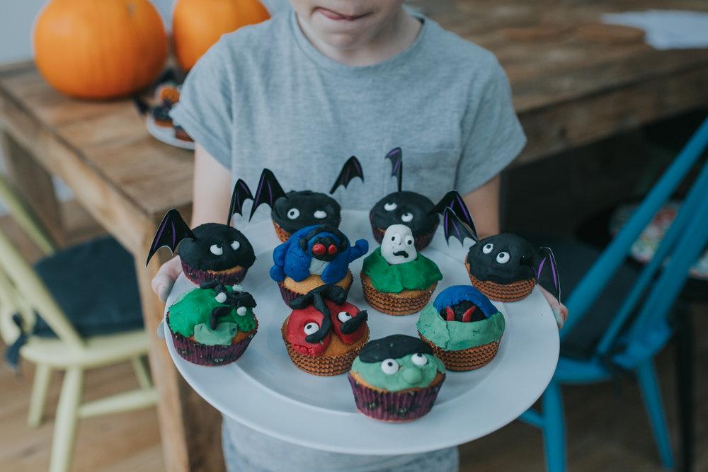 Halloween-cupcakes-baking-with-kids-simple-recipe-vanilla-cupcakes-bbc-minas-planet-jasmina-haskovic-19