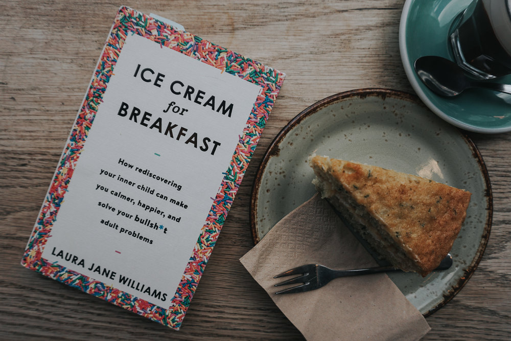what-to-read-ice-cream-for-breakfast-laura-jane-williams-book-review-february-minas-planet-jasmina-haskovic1.jpg
