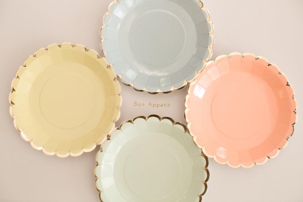scalloped pastel mini plate - Decorative Paper Plates