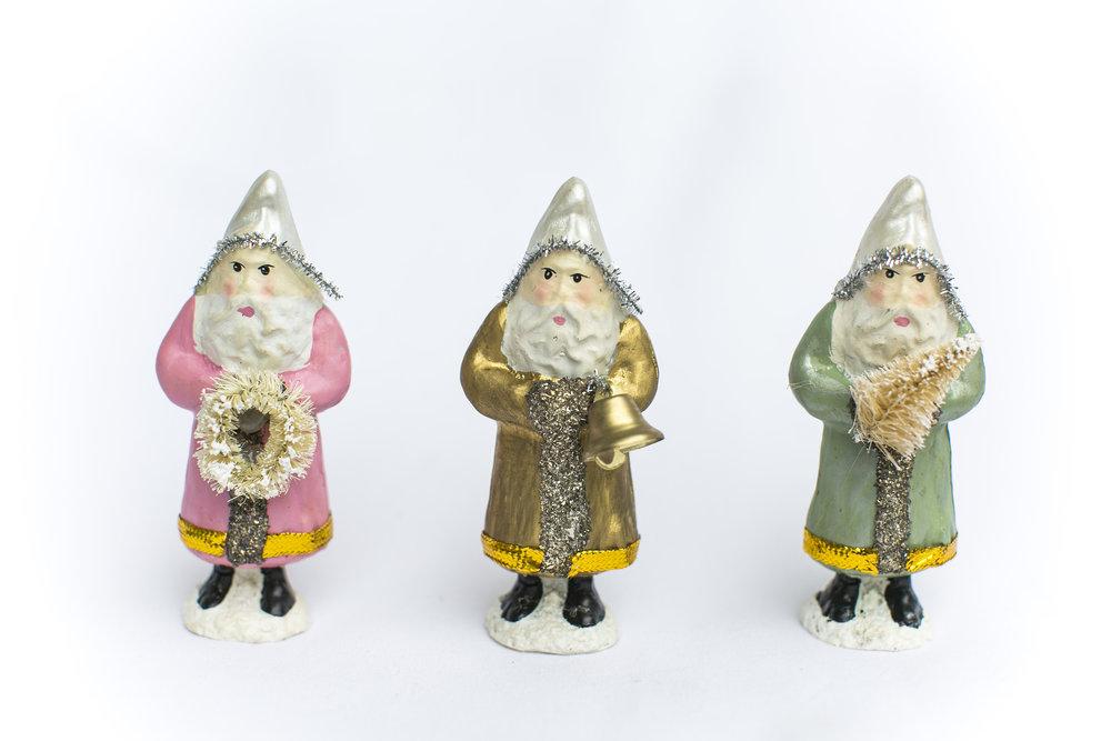Santa trio figurines u white lilac inc