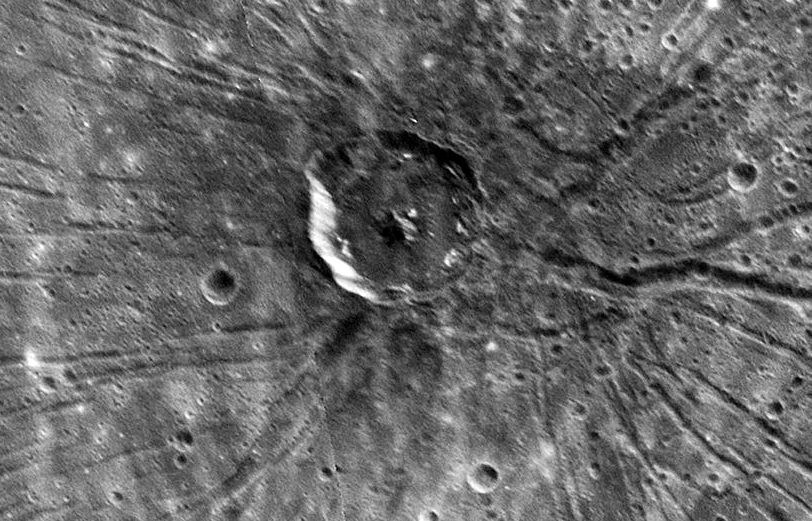 1280px-Spider_crater_on_planet_mercury.jpg
