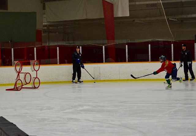 She shoots, She scores!! Day 3 of the Larkin Hockey School! #larkinhockeyschool