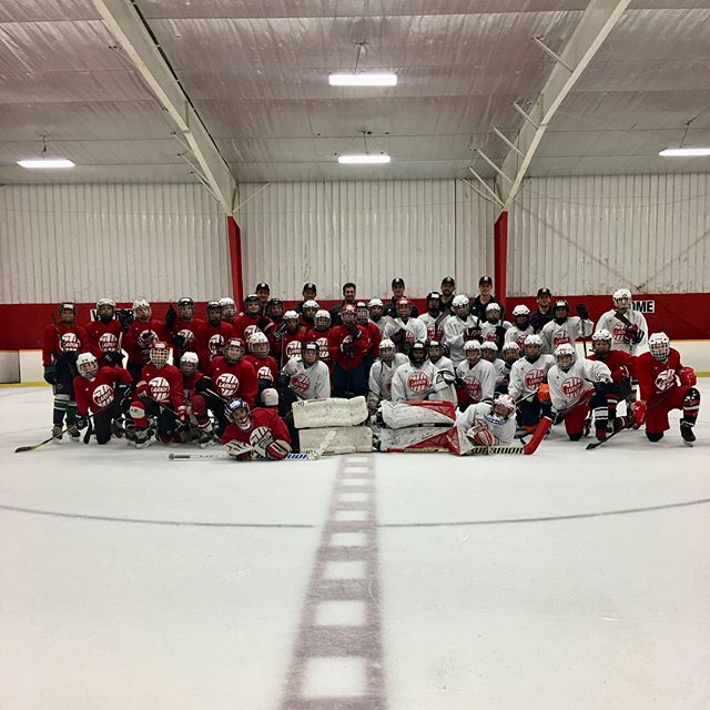 Session 3! That's a wrap on the 3rd annual Larkin Hockey School! Thanks to all of the players who participated this year! Good luck to all of you in your upcoming hockey season! #larkinhockeyschool
