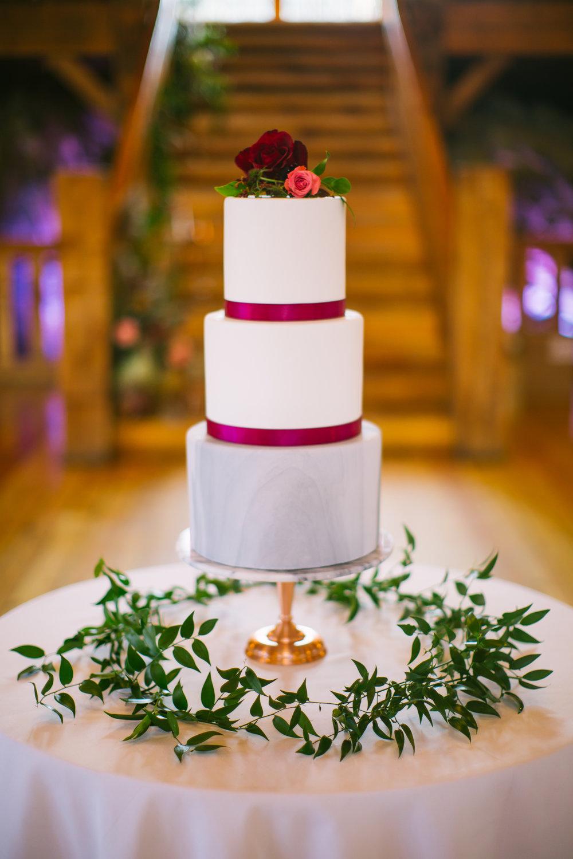 marble_wedding_cake.jpg