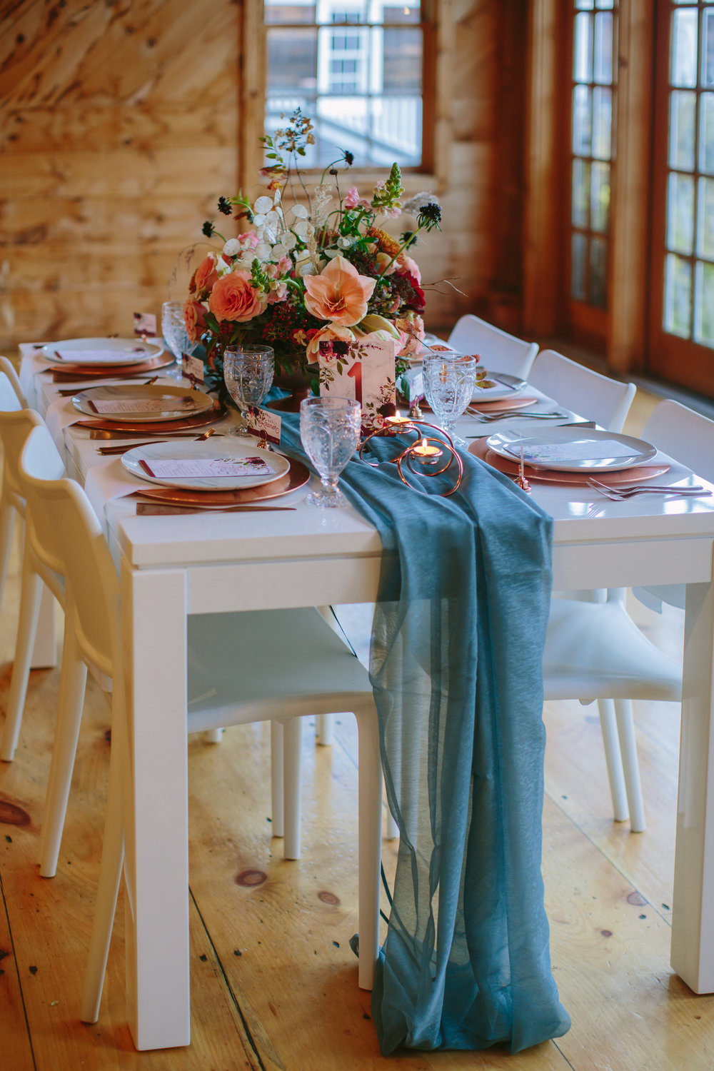 copper_and_blue_wedding_table.jpg