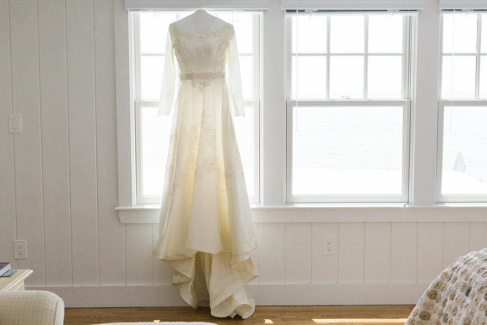 Vintage_Wedding_Gown