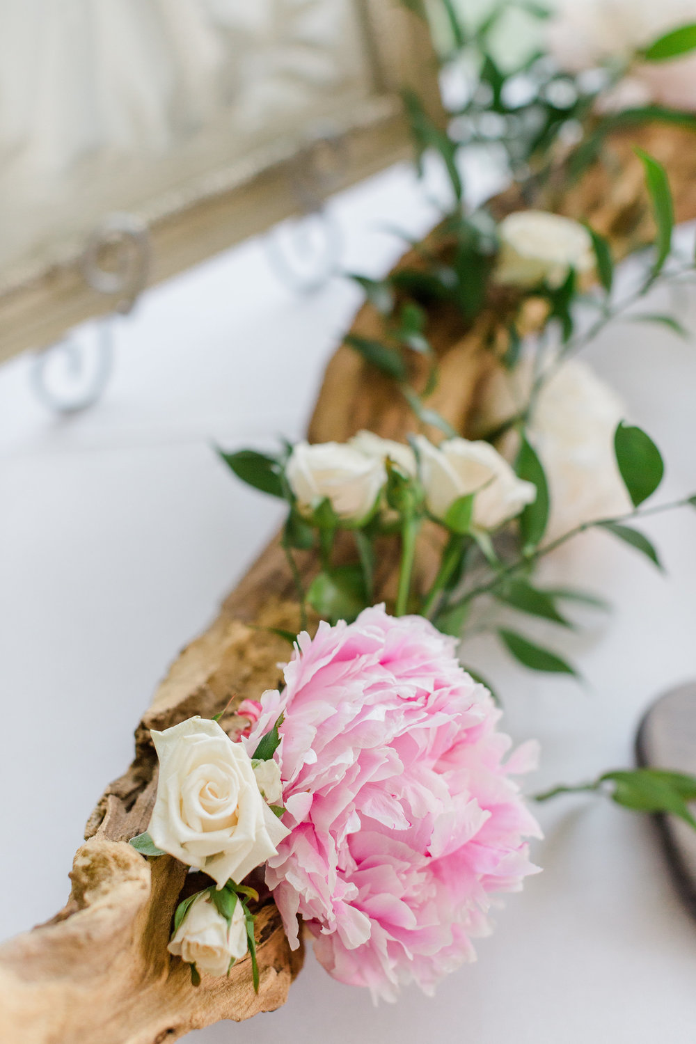 Cape_Cod_Wedding_Driftwood_Theme