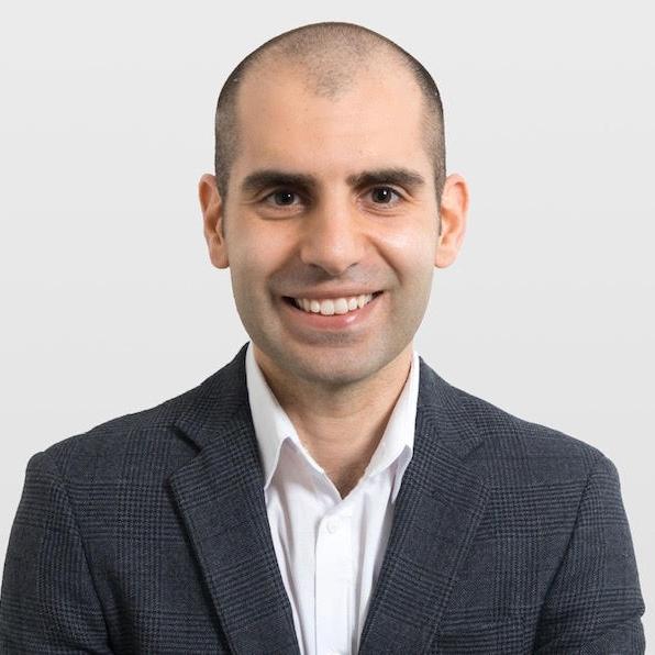 Roman Kiwakyou --   LinkedIn