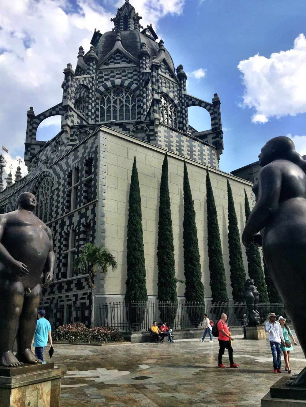 Conditioning my brain by navigating myself around Colombia, practicing my Spanish and learning about the art of Botero.