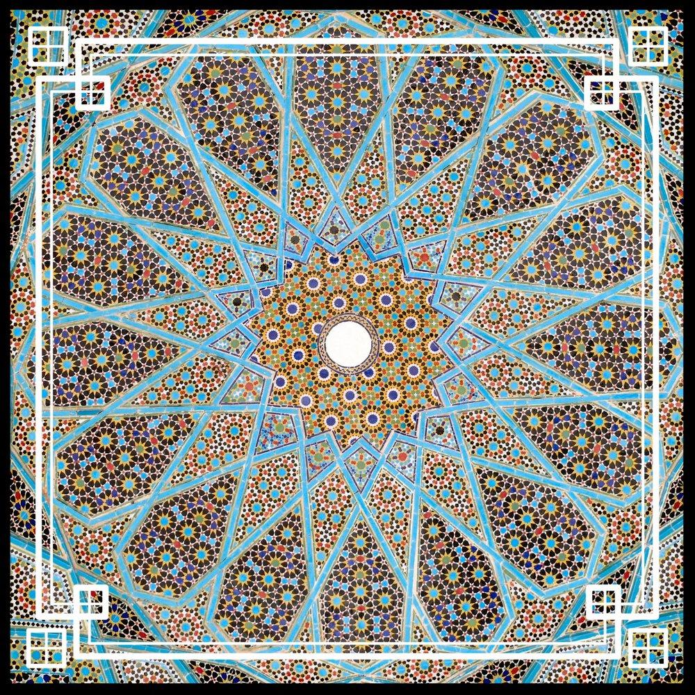 Roof_hafez_tomb.jpg