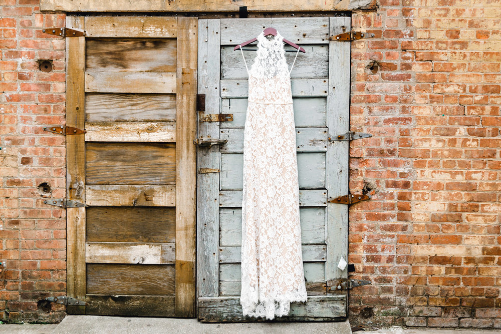14_1896_Studio_Stages_Wedding_Brooklyn_Tanya_Salazar_Photography_001.jpg