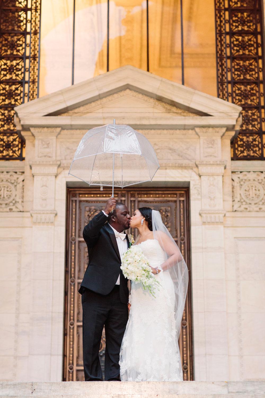 16_Bianca_Leke_Boat_House_Central_Park_Wedding_NYC_Tanya_Salazar_Photography_407.jpg