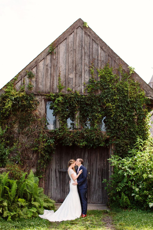 02_Jessica_Ted_Blue_Hill_Stone_Barns_Wedding_Pocantico_NY_Tanya_Salazar_Photography090.jpg