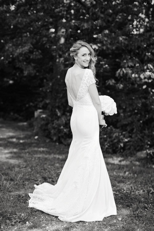 21bJessica_Ted_Blue_Hill_Stone_Barns_Wedding_Pocantico_NY_Tanya_Salazar_Photography_061_BW.jpg