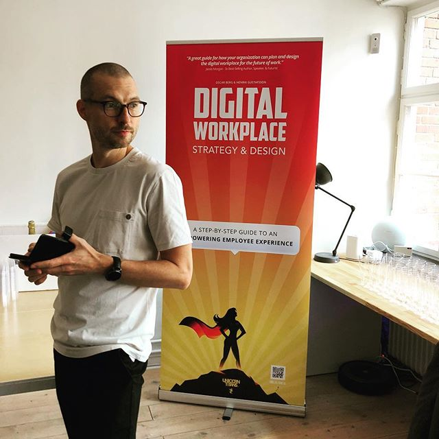 Henrik Gustafsson, one of the two authors of Digital Workplace Strategy & Design, just before the start of the book release party yesterday