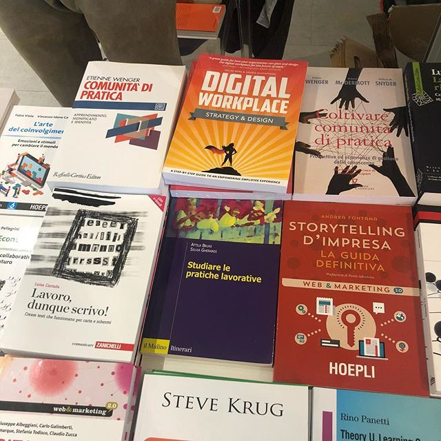 Digital Workplace Strategy & Design among other books being sold at #iid18 in #Milan