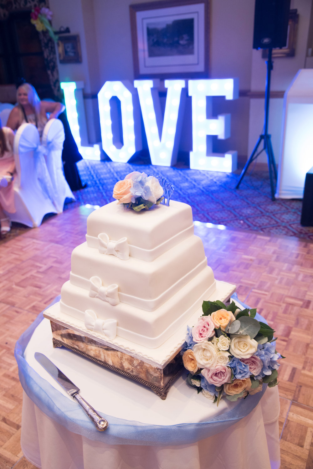 Wedding cake Anstey Hall Hotel Coventry