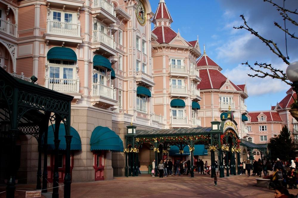 Disney Hotel Sideview.jpg
