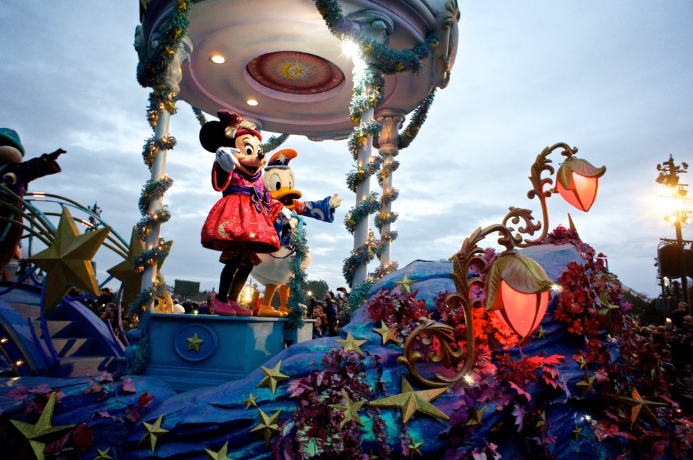 Minnie Mouse and Donald Duck.jpg