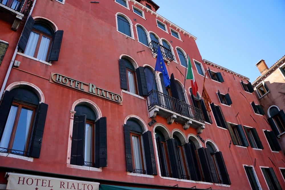 Hotel Rialto.jpg